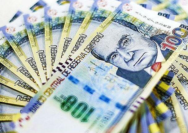 Entraron en circulación los nuevos billetes de 10 y 100 soles