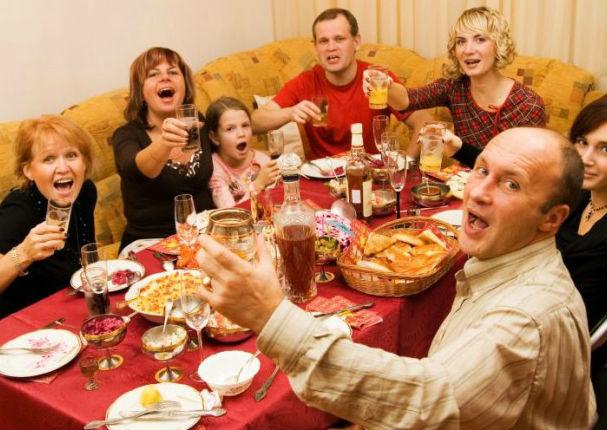 Descubre cuántas calorías consumes en la cena navideña