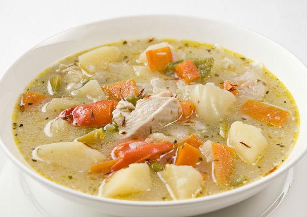 Receta: Aprende a hacer una deliciosa sopa de pollo