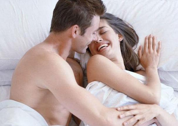 Pareja: 4 juegos sexuales para revivir la pasión