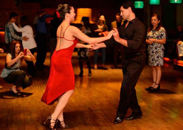 ¿Sabías que bailar salsa te vuelve más inteligente? (VIDEO)