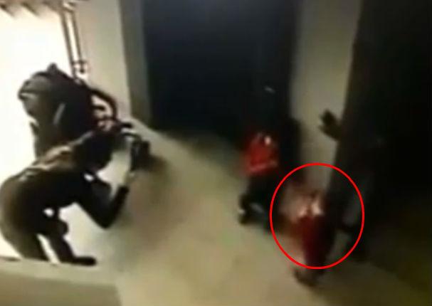 Viral: Imágenes muestran la desaparición de una niña rusa (VIDEO)