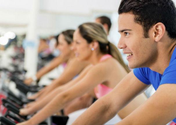 Esta es la verdad sobre por qué los hombres adelgazan más rápido que las mujeres (VIDEO)
