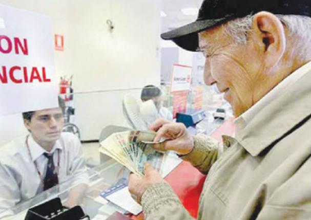 Adelantan pensión de jubilados afiliados a la ONP