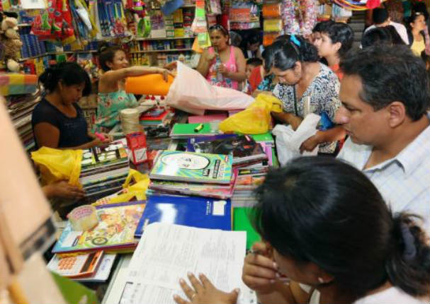 Empleados del sector público podrán solicitar crédito escolar de S/ 2.000