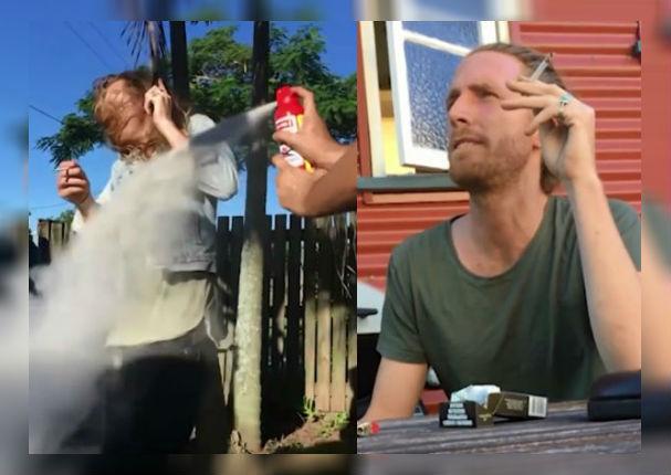Facebook: Hombre evitando a toda costa que su amigo fume se vuelve viral (VIDEO)