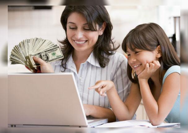 Viral: Madre soltera gana más de 5 mil dólares desde casa con este método