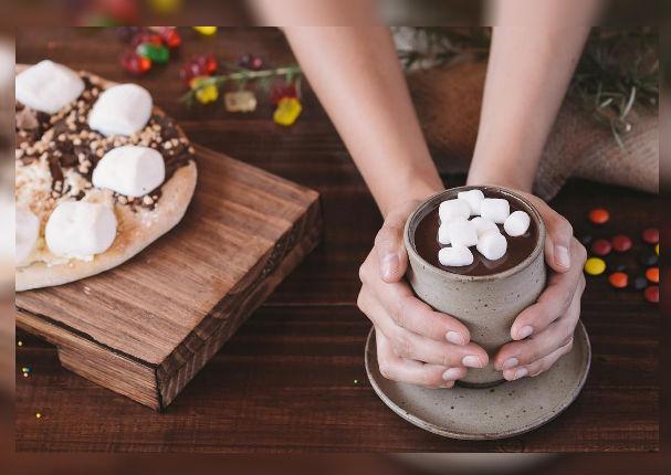 Chocolate caliente con marshmallow: Combate el frío con este antojo