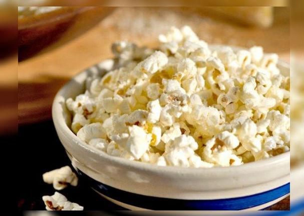 ¡Con pocas calorías! Conoce los grandes beneficios de las palomitas de maíz