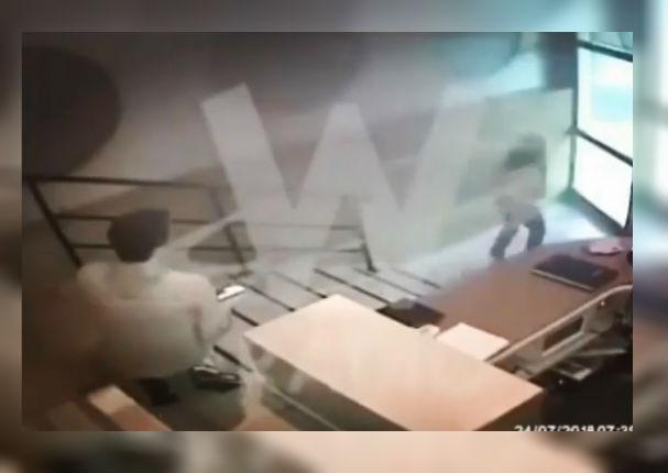 Cámaras de seguridad muestran a conocida actriz escapando tras golpiza de su expareja (VIDEO)