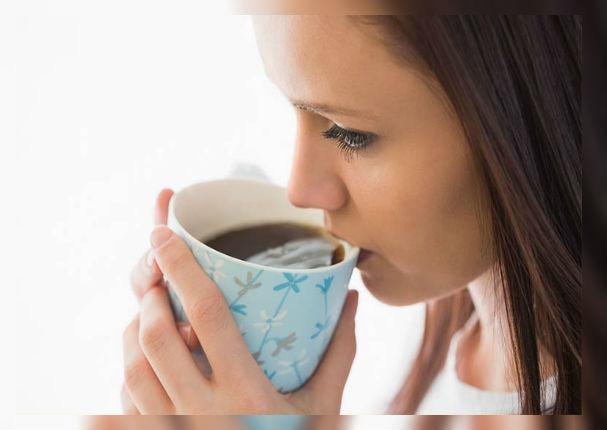 ¿Por qué el café reduce el tamaño de tus senos?