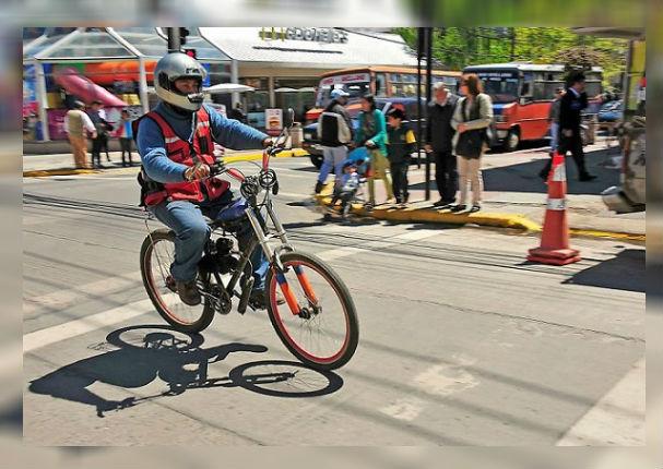 Motos y bici-motos deberán tener SOAT y placa