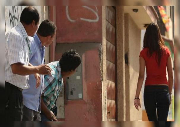 Aprueban ordenanza que prohíbe y sanciona el acoso callejero con 8,400 soles