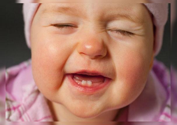 Helados a base de leche materna ayudan a calmar las molestias dentales