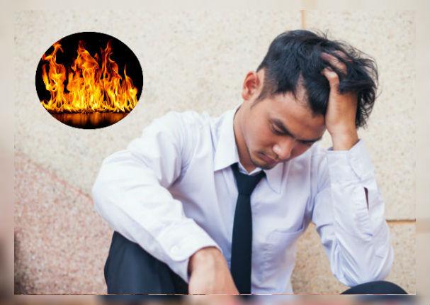 Joven demanda a sus padres por 'quemar' sus revistas para adultos