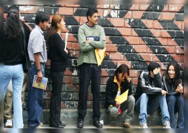 Peruanos ya pueden denunciar a empresas que prefieren contratar a extranjeros