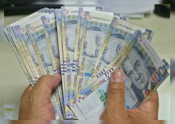 Ministerio del Trabajo: Sueldo mínimo podría aumentar a partir de julio