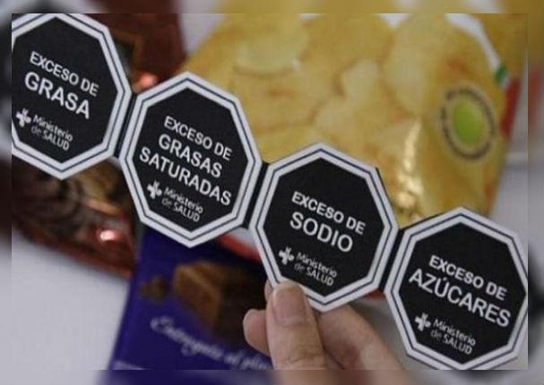 A partir de hoy todos los productos tendrán advertencias de azúcares y grasas trans