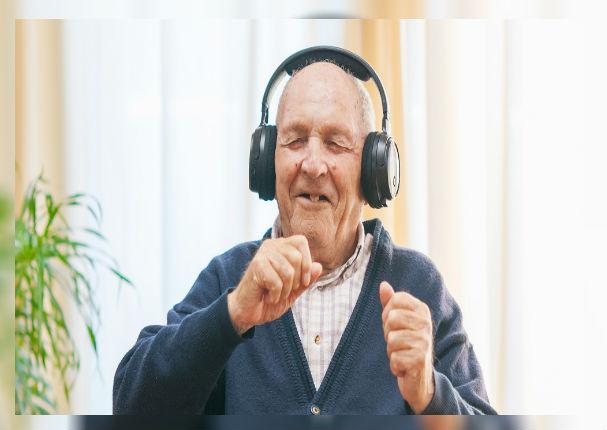 Música ayuda a pacientes con Alzheimer a reducir tratamientos farmacológicos