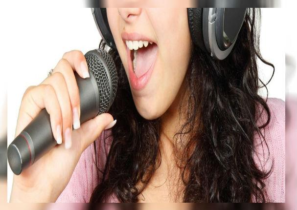 Secretos para cantar sin forzar la garganta