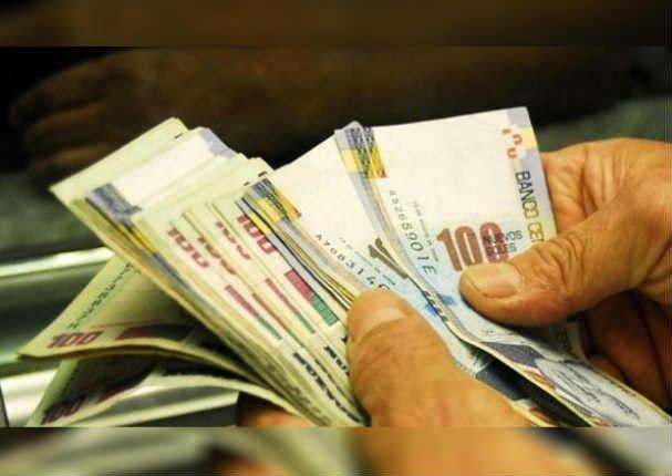 Gratificación de diciembre tendrá bono extra por aportes a Essalud