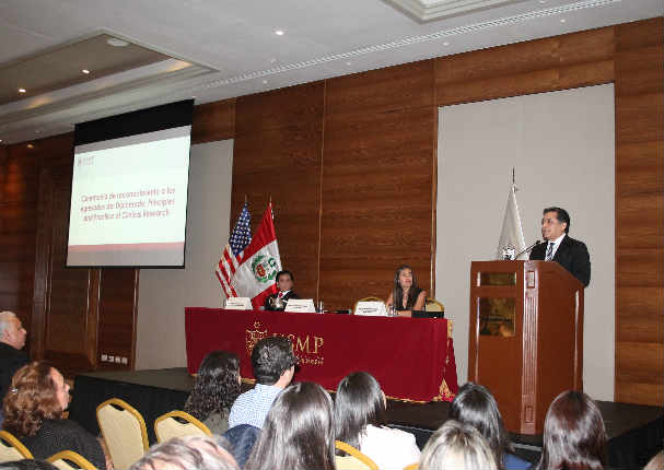 USMP y Harvard  entregaron reconocimiento a egresados del Diplomado 'Principles and Practice of Clinical Research'