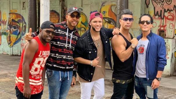 Tengo Un Amor - Los Barraza ft. Combinación de la Habana