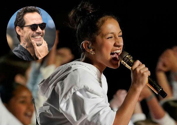 Marc Anthony luce orgulloso tras la actuación de su hija en el Super Bowl