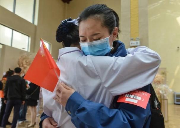 China celebra el fin de la cuarentena
