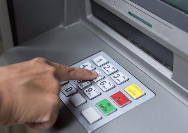 Se anuncia que bono otorgado por el Estado podrá ser retirado en cualquier cajero