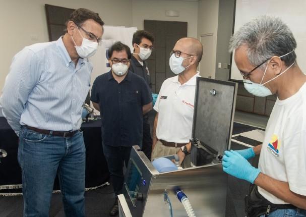 Universidad peruana comenzará la producción de respiradores mecánicos en mayo