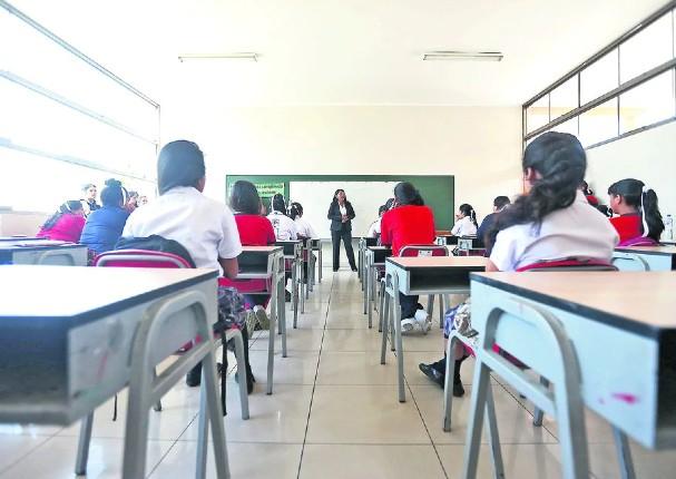 A partir del 8 de mayo, alumnos podrán trasladarse de colegios privados a públicos