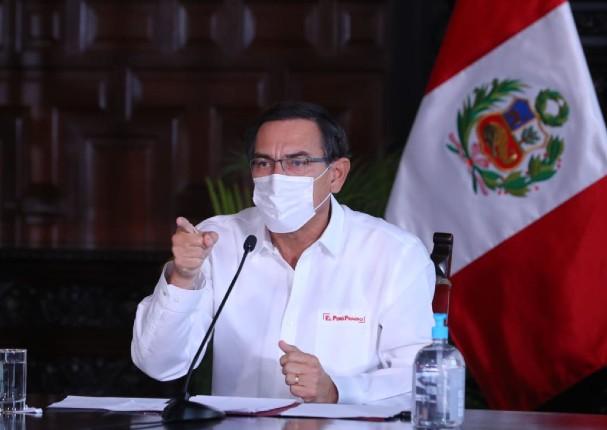 Presidente Martín Vizcarra reduce su sueldo y el de funcionarios del Ejecutivo