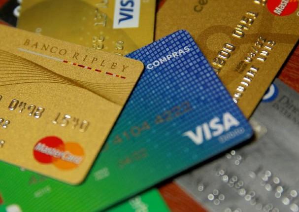Bancos son obligados a ofrecer tarjetas de crédito sin cobrar membresía