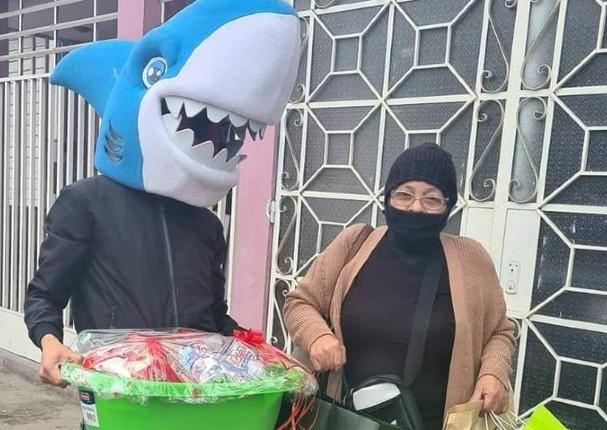 Al mismo estilo de 'Osito Lima', aparece 'Tiburón Lima'
