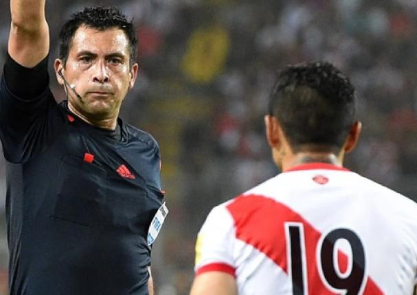 Peruano enfrentó a árbitro chileno tras el Perú vs Brasil