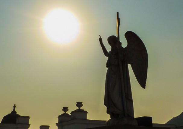 Cementerios permanecerán cerrados el 1 y 2 de noviembre