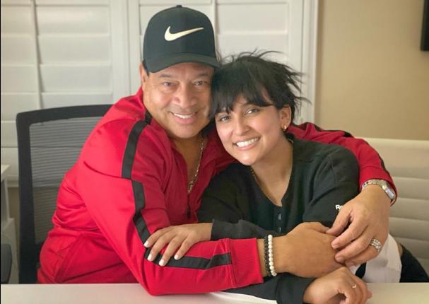 Daniela Darcourt la consentida de Tito Nieves se encuentran por primera vez