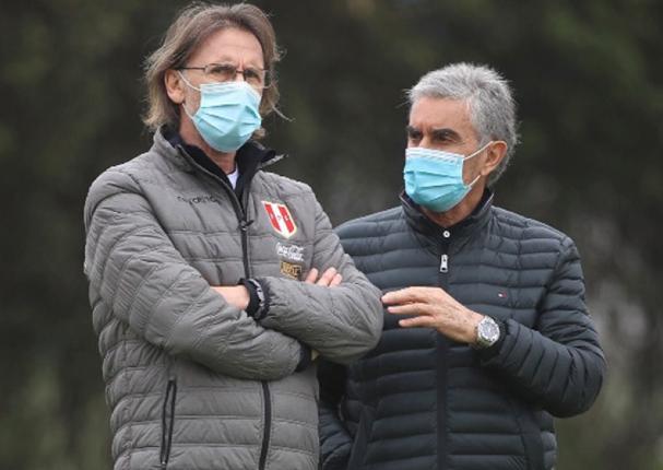 Juan Carlos Oblitas confirma continuidad de Gareca