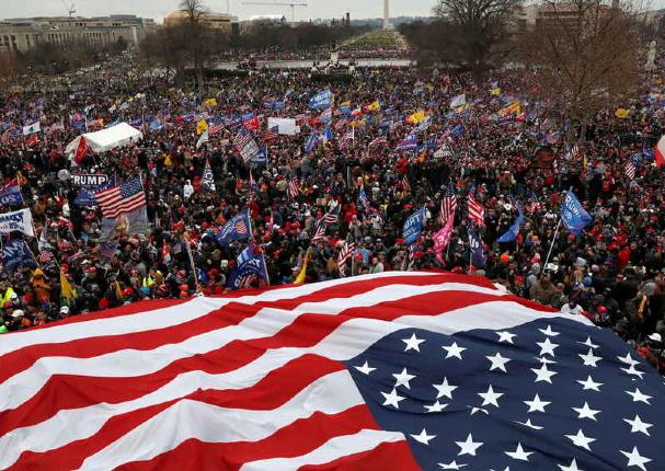 Donald Trump acepta que su gobierno ha terminado