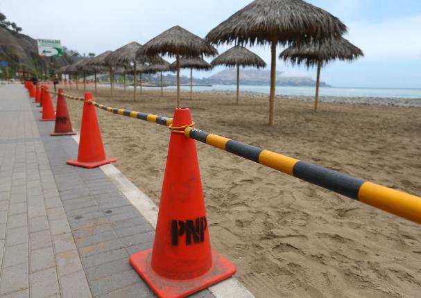 Lima: Alcaldes costeros solicitan cierre de playas
