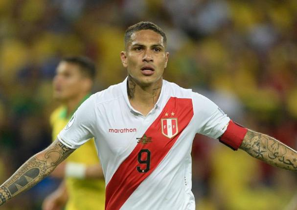 Paolo Guerrero el único peruano en el once ideal de Conmebol