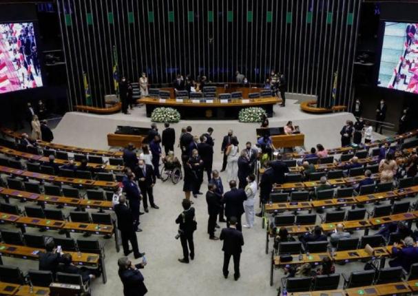 Brasil: Empresas privadas podrán comprar vacunas contra la covid-19