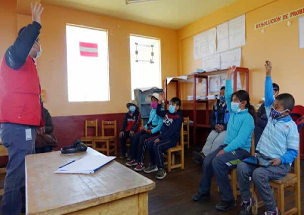 Minedu: Evalua protocolos para el retorno a clases presenciales