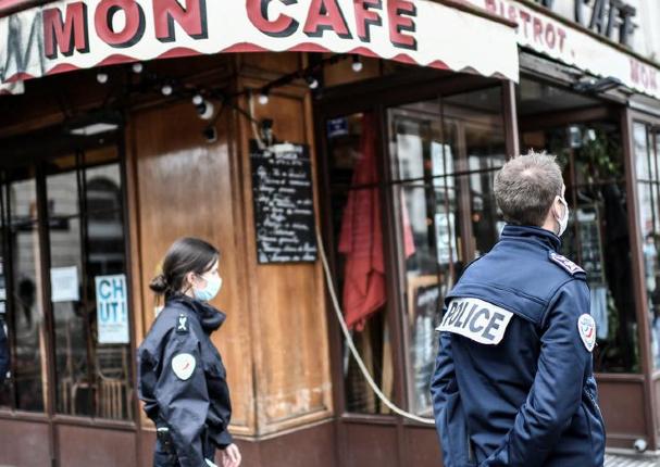 Francia: Parlamento prohíbe la difusión de imágenes de policías