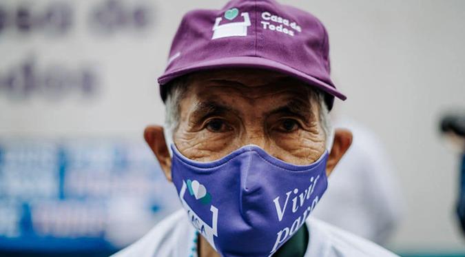"""Beneficencia de Lima: Lanza campaña """"Abriga a un abuelito"""""""