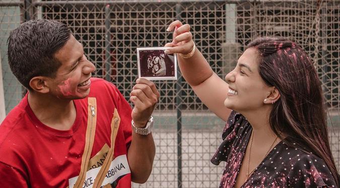 Edison Flores se convierte en papá junto a Ana Siucho