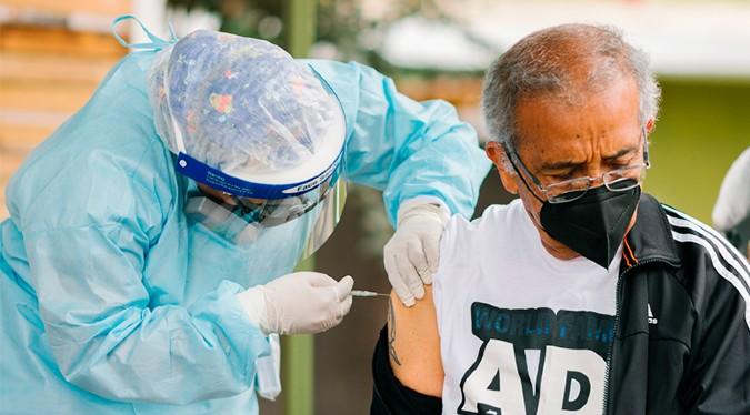 COVID-19: conoce la cantidad de personas vacunadas hasta el 3 de agosto