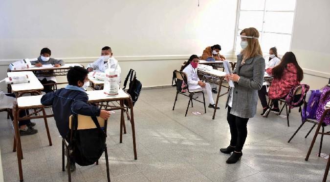 Gobierno del Perú: conoce las tres condiciones para el retorno de las clases semipresenciales
