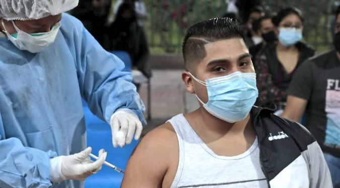 Coronavirus en Perú: Inician proceso de vacunación para jóvenes mayores de 23 años en Lima Metropolitana
